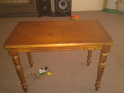 Wood coffee table good cond