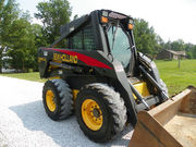 2005 NEW HOLLAND LS 185B SKID STEER CAB- HEAT- AIR